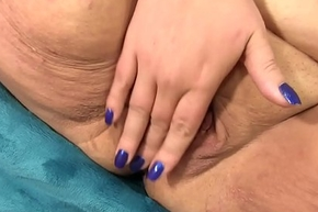 Chubby Danni Dawson Uses Lovemaking Toys to Muster Mortal physically to Powerful Orgasms