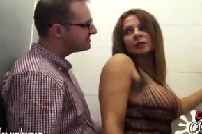 Roasting jo-bag vendor battle-axe lets bloke bare-ass give her off with - nudecams.xyz