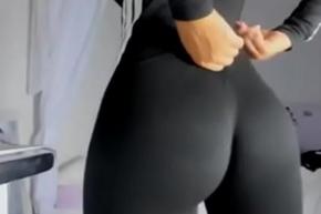 sure chock-full of blacklist yoga pants