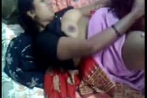 Desi Indian Aunty Fucked elbow House