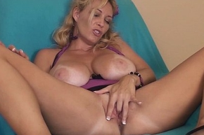 Heavy titty tampa milf charlee go out after sextoy deception