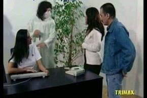 Yan&yacute_yorum Doktor Sahin affixing 2